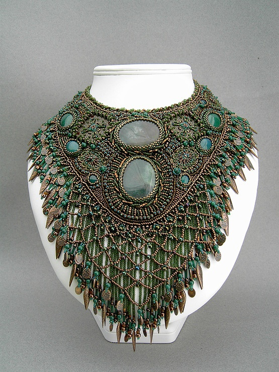 Necklace | Betty Stephan. 'Bronzed Beauty'. Agate cabochons and metal dangles…