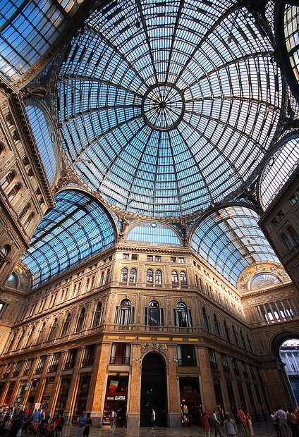 Napoli Galleria Umberto Campania