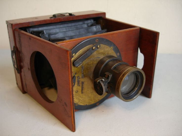 Extremely Rare Small SHEW & CO PATENT LONDON Xit Folding Pocket Camera c1880/90s