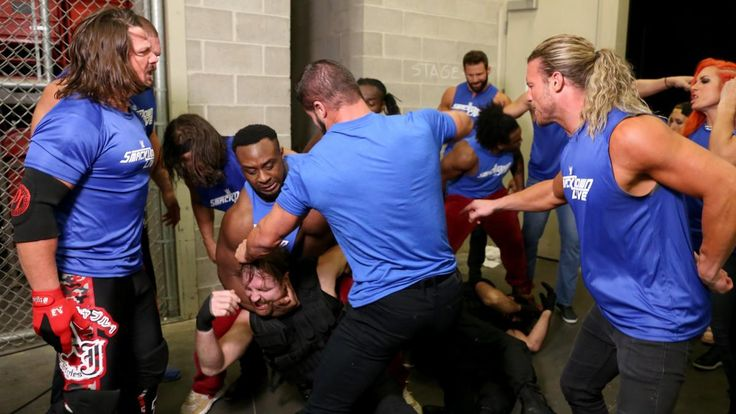 Raw 10/23/17: Monday Night Raw falls under siege when SmackDown launches a surpr...