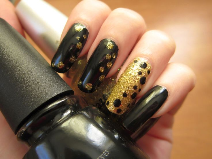 nail art tutorial, black, gold, dots