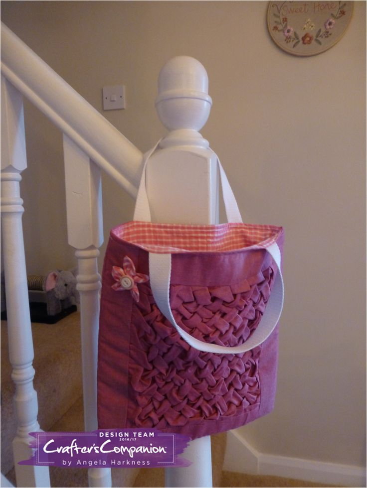 Mini tote bag made using Debbie Shore's 'Learn to Sew Smocking Lattice and Bows' DVD  #crafterscompanion