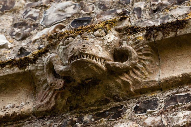 Snaky, snarly grotesque   Wye to Crundale and around   Kent Weald-72 (Paul Dykes) by Paul Dykes (flickr) Tags: wye kent weald countryside uk england landscape nature walk walking rambling wealdlandscapes church churchofstgregoryandstmartin carving grotesque grotesques vernacularart churchcarvings sculpture snake teeth fangs