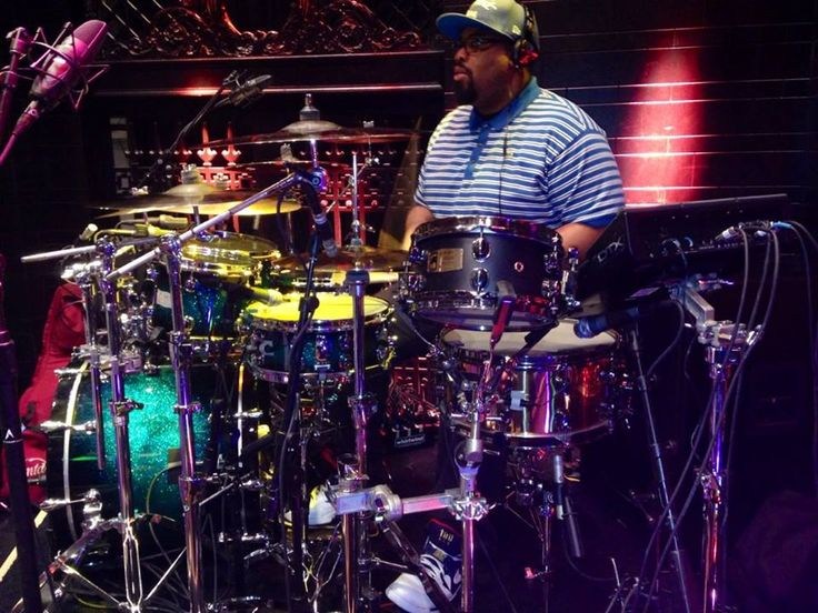 """Mapex Drums - Darrell Robinson on the Road Mapex Drum Artist Darrell Robinson is touring with Grammy Award winner: Pharrell Williams. """"For this huge tour Pharrell wanted something crazy so I knew my boys at Mapex could put it together"""", says Darrell Robinson. """" I am playing a Saturn kit now, but Mapex is making me a custom Mydentity kit with the new SONIClear bearing edges and Mapex hardware. When you see it you'll be Pink with envy!""""  www.knaptonmusikknotes.com"""