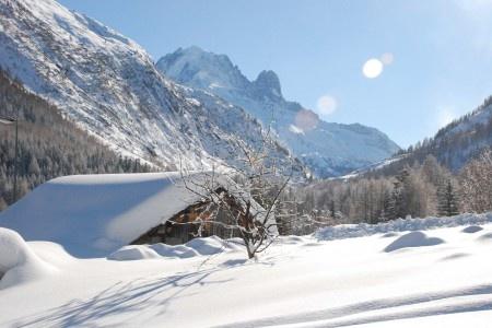 Ski Vallorcine | Vallorcine Ski Resort | Information & Guides | PowderBeds