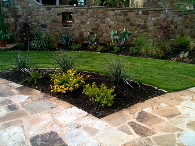 21 best images about landscaping project on pinterest for Xeriscaped backyard design