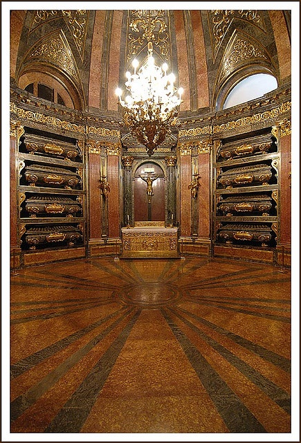 Panteón Real El Escorial  風景  Pinterest  Spain, King and For the