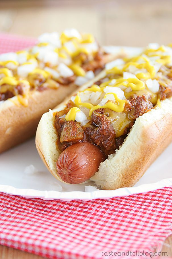 Coney Island Hot Dogs {Saturdays with Rachael Ray} - Taste and Tell