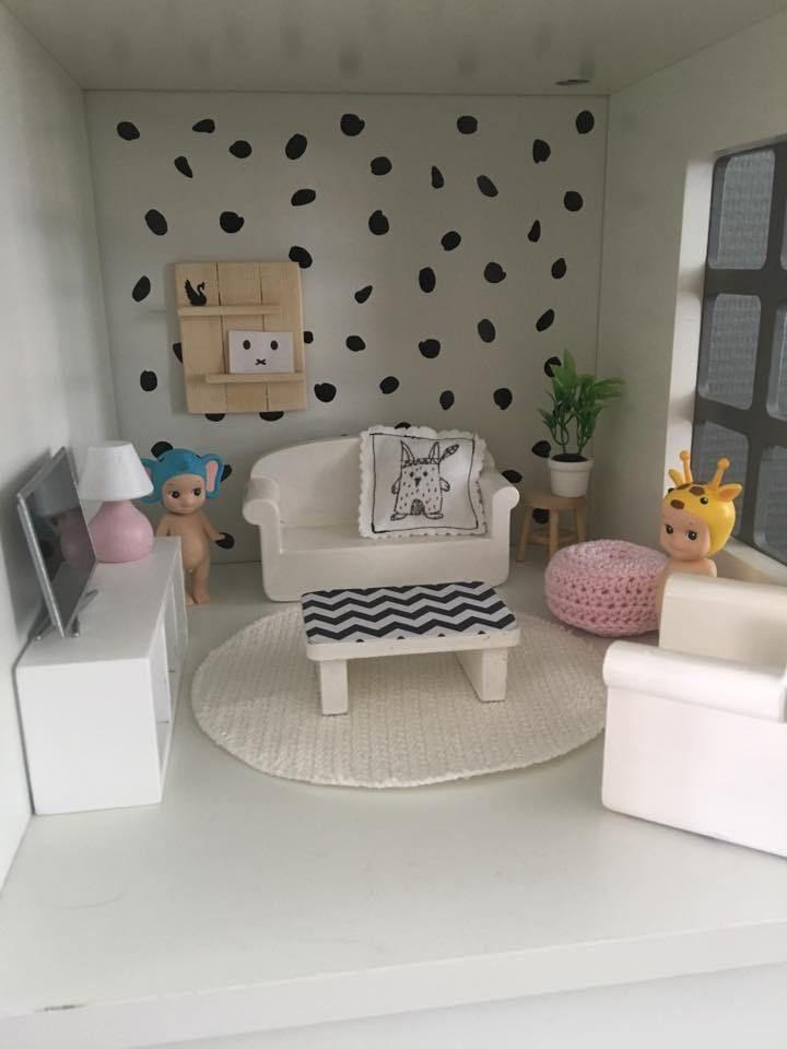 25 unieke idee n over poppenhuis meubeltjes op pinterest for Poppenhuis poppetjes