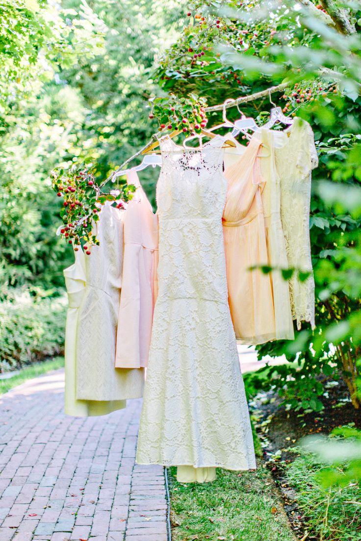 Photography: Kelly Dillon Photography - www.kellydillonphoto.com  Read More: http://www.stylemepretty.com/2015/04/06/romantic-wequassett-resort-wedding/