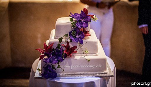 Purple Orchid Santorini Wedding Cake by Petran Art Pastry Chef I Wedding Event Planner Poema Weddings  Special Events I Flower Decor Wedding Wish I Catering Services by Spicy Bites I Photography by Studio Phosart I Wedding Venue Theros Wave Bar