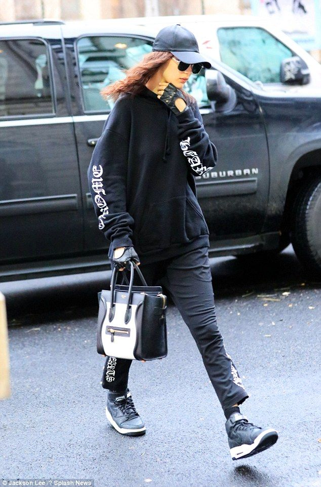 Who's that girl?The supermodel, 20, covered up her show-stopping physique as she kept things comfortable in a baggy navy blue Chrome Hearts hoodie and matching joggers
