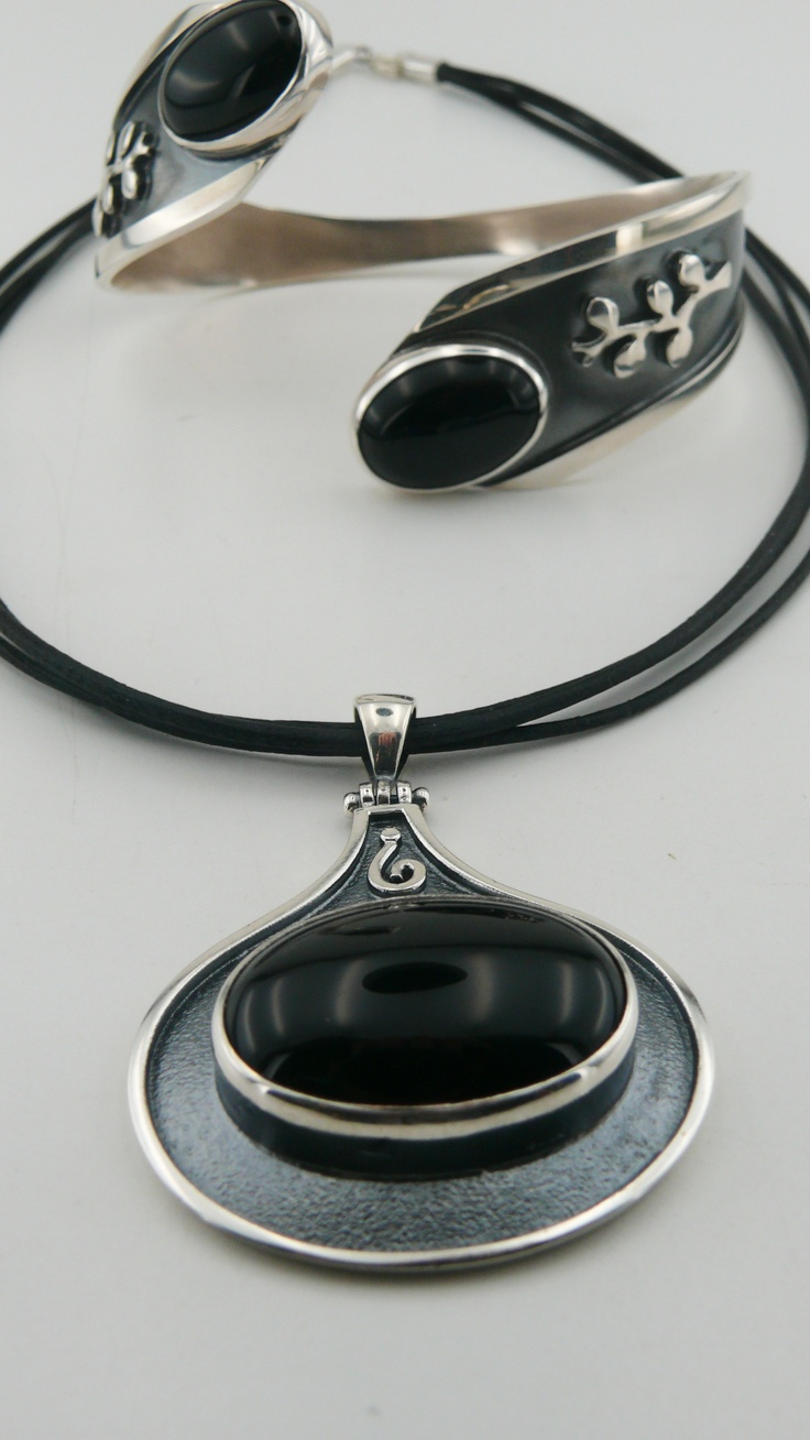 Black Onyx bracelet and pendant set    #silver #antiktugra #blackonyx #bracelet #pendant #necklace #leather #fashion #women #jewelery #design #handmade