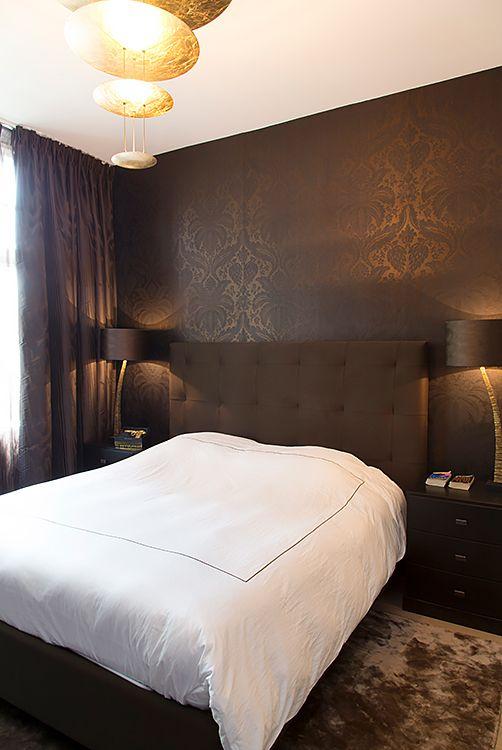 Vloerkleed Eric Kuster, bed Schramm, Porto Romano tafellamp, Catellani & Smith hanglamp - Doornebal Interiors