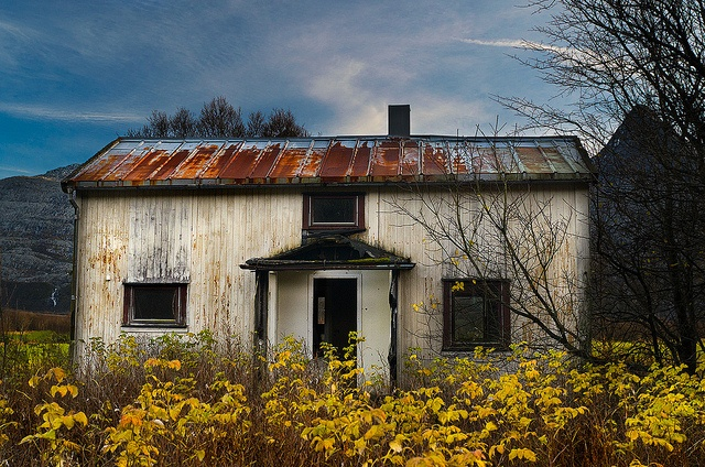 Derelict House by Kenneth Solfjeld, via Flickr