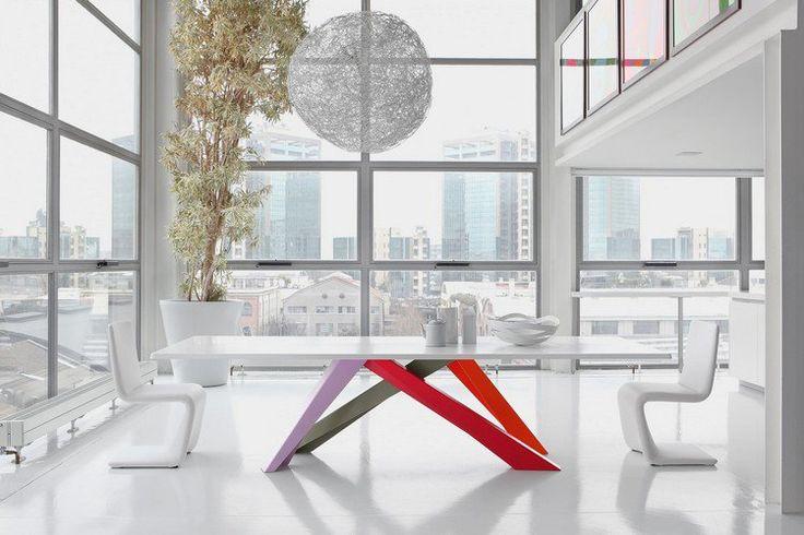 Meuble design pour salon et salle à manger – 8 tables et fauteuils design pour connaisseurs