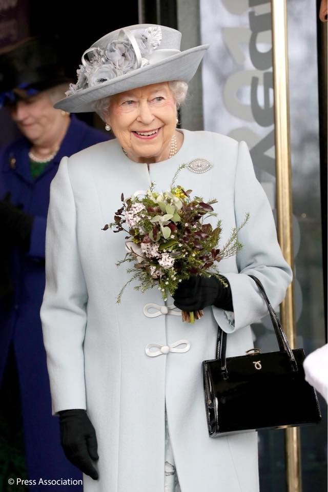 The Queen visited the Royal College of Physicians of London to mark its 500th anniversary. Founded in 1518 by Royal Charter from King Henry VIII, the college is the oldest medical college in England.