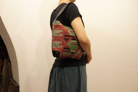 HANDWOVEN Vintage Kilim bag-Turkish Handmade Kilim by kilimci
