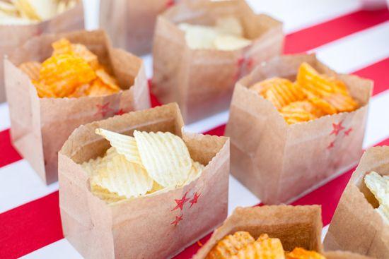cute way to serve snacks at kid parties