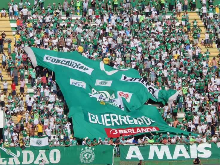 CBF define protocolo de homenagens à Chape na final da
