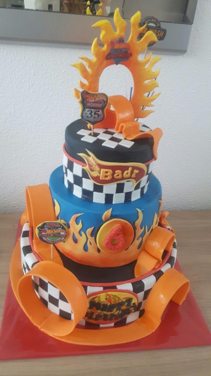 Hot Weels cake                                                                                                                                                                                 Más
