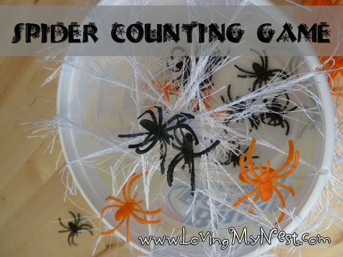 Spider Counting Game - Great Halloween center activity that is able to be differentiated depending on the level of your students (use higher or lower numbers, use dot cards that student's have to count, use 2 dice for addition practice)