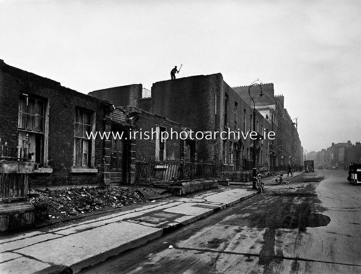 Slum Clearance, Dominic Street, Dublin. 17/11/1958.