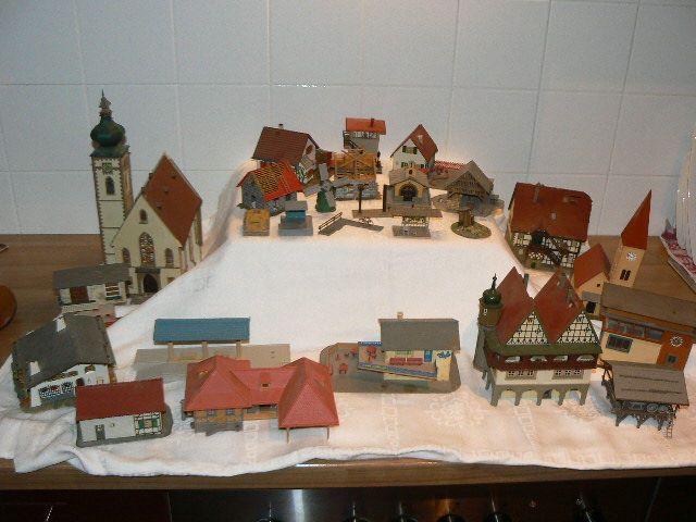 find HO Scale (1:87) Scenery Items at http://modelleisenbahn-figuren.com