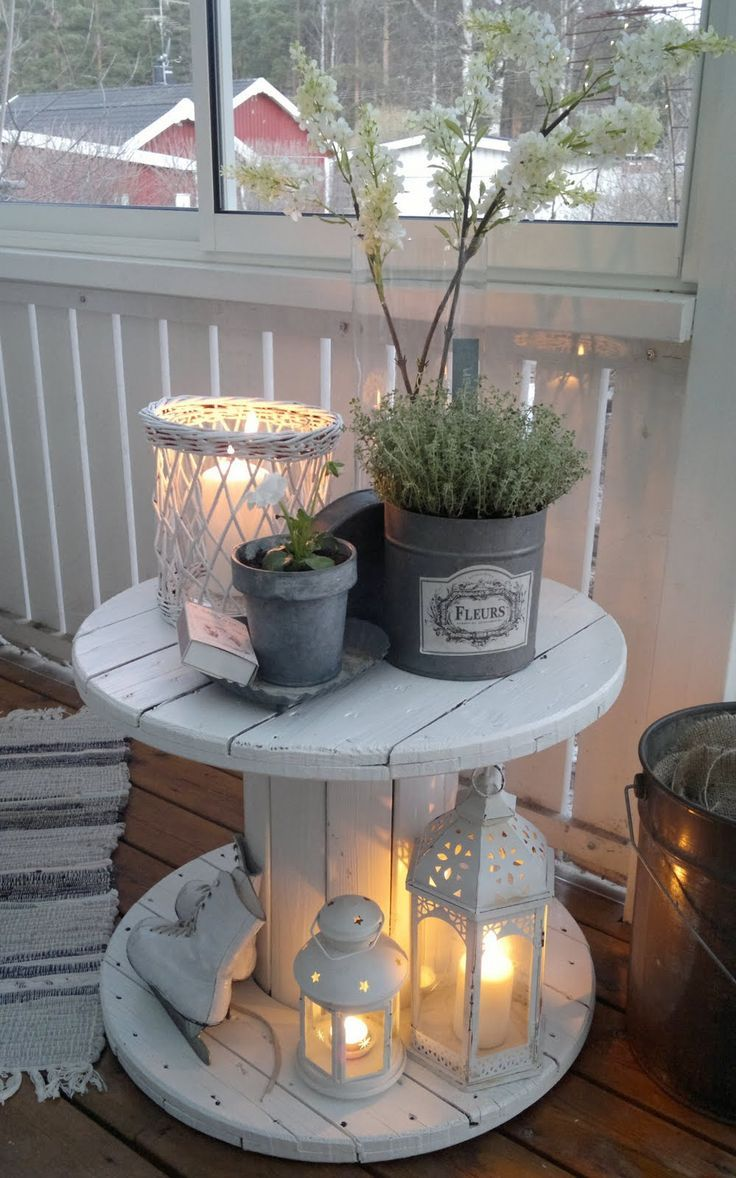 Patio decorating on a budget - 30 Charming Porch Decoration Ideas That Will Make A Stunning First Impression