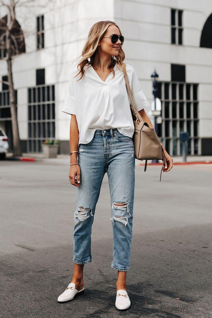 Mode Jackson trägt kurzärmeliges weißes Hemd Ev…