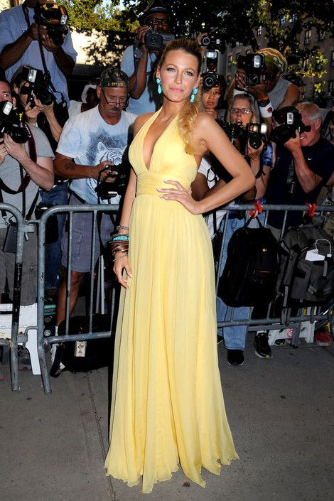 Blake Lively Does It Again; Looks Radiant In Yellow At 'Savages' Premiere: Celebrity Style, Celebrity Outfits, Yellow Dresses, Summer Style, Black Living, Blake Living, Fishtail Braids, Prom Dresses, New York