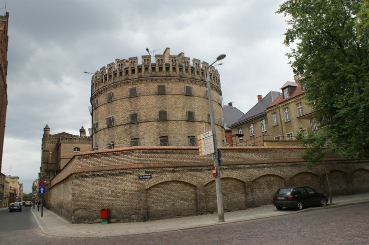 Travels to Torun, the prison in the city centre