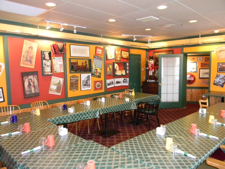 Choo Choo's has been serving up fun & fresh home cooking in the heart of downtown Langley for over 20 years!