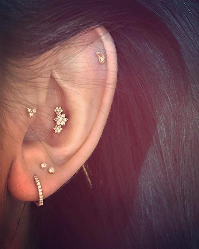 Diamond Flower Garland || Shop this Instagram from @maria_tash