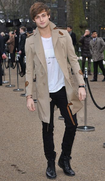 Douglas Booth- Worried about the boy, From time to time, LOL, Pillars of the earth, Romeo and Juliet...