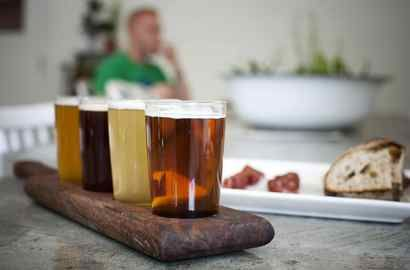 Ever wondered where some of the best Canadian craft beers are from? This article should give you an idea. Share your favourite craft beers with us in the comments! https://www.theglobeandmail.com/life/travel/activities-and-interests/what-are-canadas-best-craft-beer-destinations/article26518245/