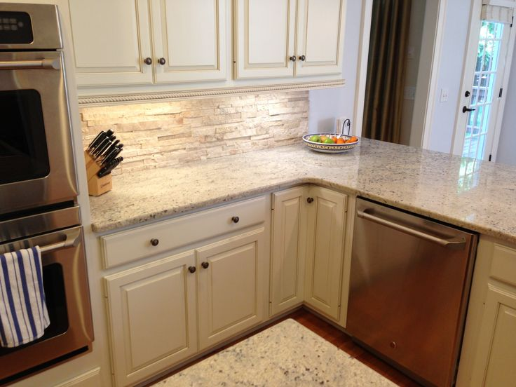 Travertine backsplash with bone white cabinets crema romana granite ge cafe cdwt980vss - Backsplash designs travertine ...