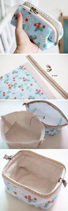 Cosmetic Bag Tutorial, Bags Tute, Cosmetics Bags Tutorials, Diy Makeup Bags Tutorials http://www.handmadiya.com/2015/10/cosmetic-bags-zipper-makeup-bag.html