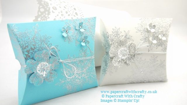 Silver Embossed Square Pillow Box Gift Box http://www.papercraftwithcrafty.co.uk/2015/09/silver-embossed-pillow-box-gift-box.html