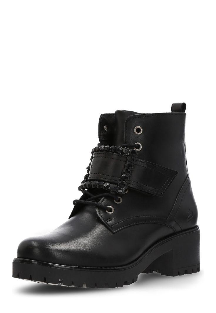 Bullboxer Boots, Leder, Absatz 5,5 cm, schwarz Jetzt bestellen unter: https://mode.ladendirekt.de/damen/schuhe/boots/sonstige-boots/?uid=e0a49ff6-1e89-580b-8319-e8765e851804&utm_source=pinterest&utm_medium=pin&utm_campaign=boards #boots #sonstigeboots #schuhe #bekleidung Bild Quelle: brands4friends.de