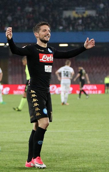Dries Mertens of SSC Napoli celebrates after the 3-0 scored by Jose Callejon during the Serie A match between SSC Napoli and Udinese Calcio at Stadio San Paolo on April 15, 2017 in Naples, Italy.