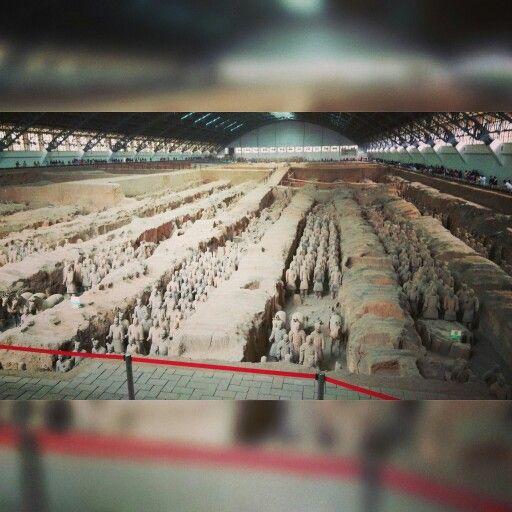 Geschichtsstunde - Vorigen Monat ging es nach Xian zu einem Kurzbesuch der Tonfiguren bzw. auch