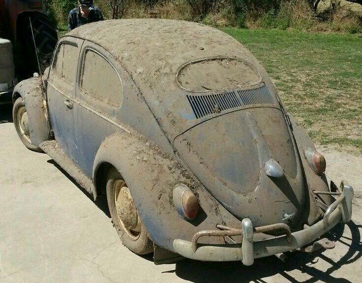 vintage volkswagens beetle volkswagen pinterest voitures photos insolites et voitures. Black Bedroom Furniture Sets. Home Design Ideas