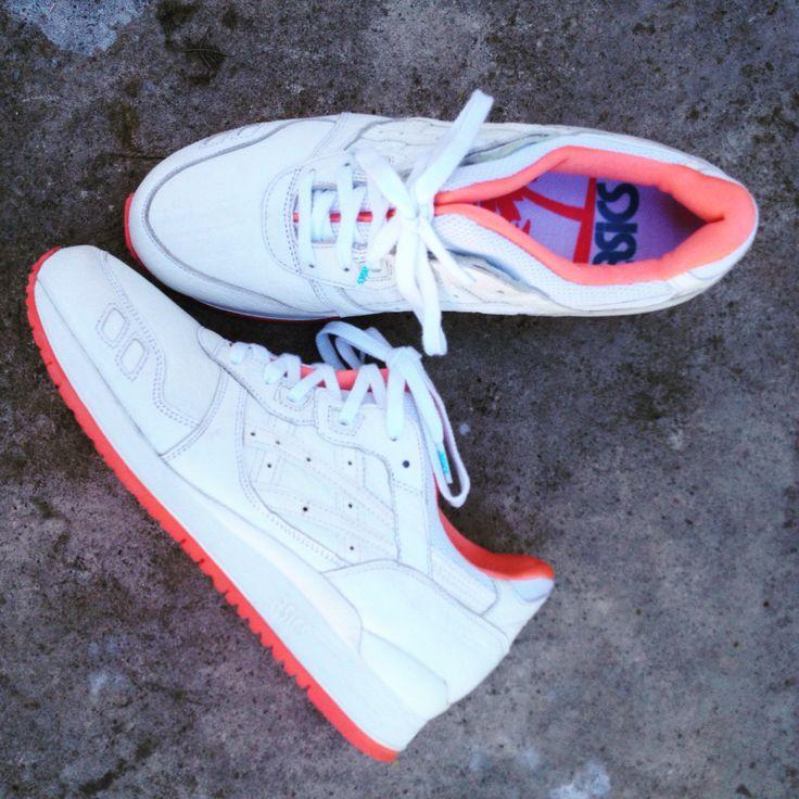 14' Tiempo sin sumar pares frescos a la Fam ✨ #Asics #AsicsGelLyteIII #Sneakerfreaker #lovesneakers