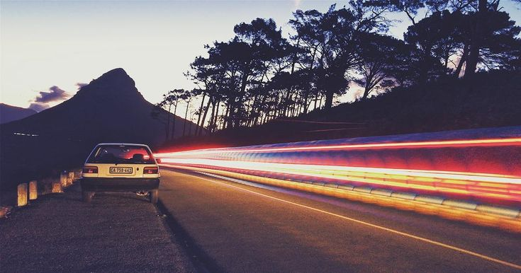 Who doesnt love light trails? . . . . . . . . . . . . . . #lightrrails #lights #signalhill #capetown #capetownphotographer #lionshead #light #road #adventure #playingwithlight #lightart #shotoniphone #photography #photographer  #photographyart #photographylovers #moodygrams #photooftheday #photo #mobilephotography #hobby #views #iphonography #iphone7plus