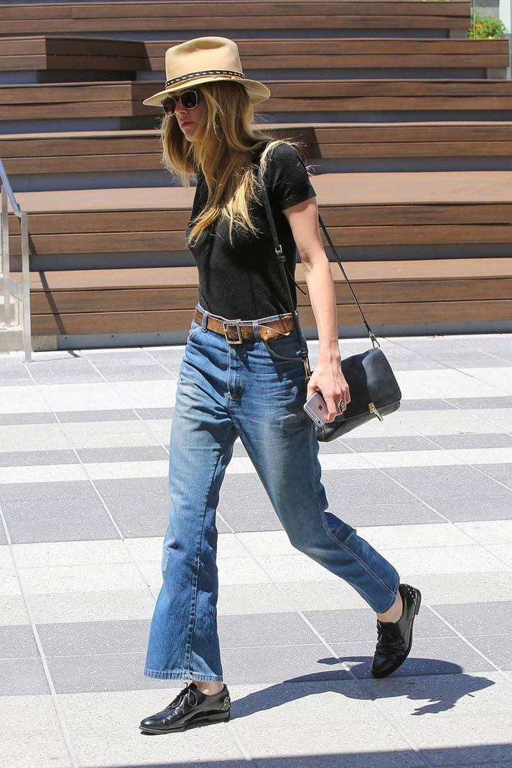 Boyish vibes. Wide legged jeans oxfords tshirt hat