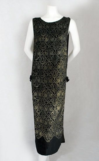 Gallenga stenciled velvet tabard, 1920s, from the Vintage Textile archives.