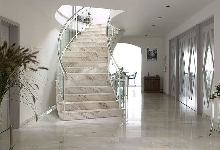 marmor treppen stehen f r eleganz und sind f r innen. Black Bedroom Furniture Sets. Home Design Ideas