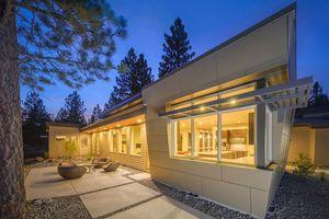 Modern Exterior - Front Elevation Plan #892-8 - Houseplans.com