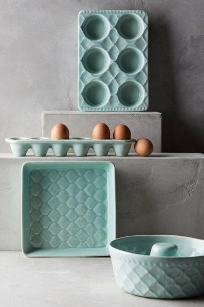 Aqua Adelaide Bakeware